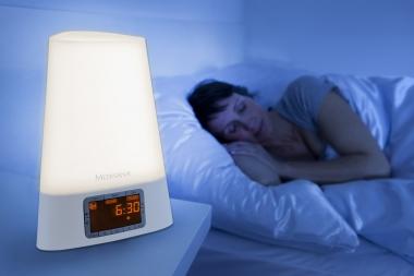 Comment s'endormir avec un simulateur d'aube?
